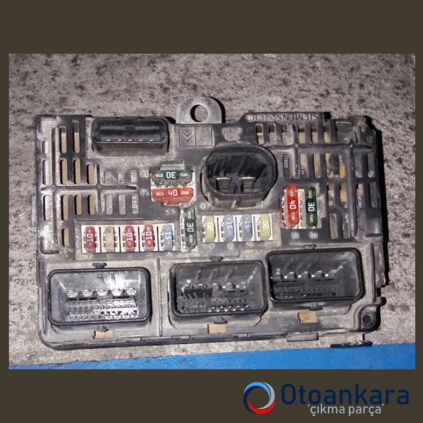 scudo-2008-1-6-sigorta-kutusu-1