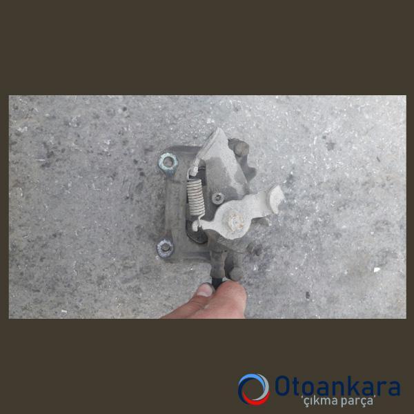 tempra-sol-arka-fren-kaliperi-3