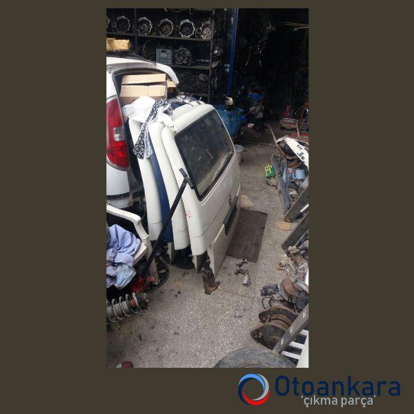 transporter-t4-arka-bagaj-kapagi-3